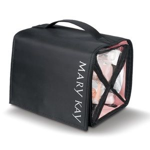 MARY KAY® TRAVEL ROLL-UP BAG